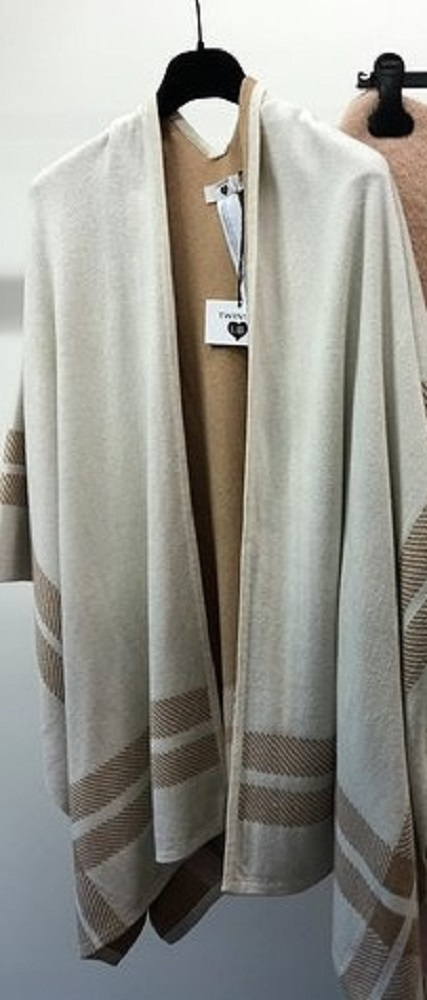 Twin-Set Poncho