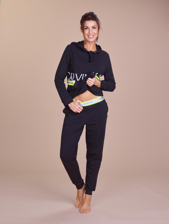Calvin Klein Jogging: hoodie+ broek fluoboord